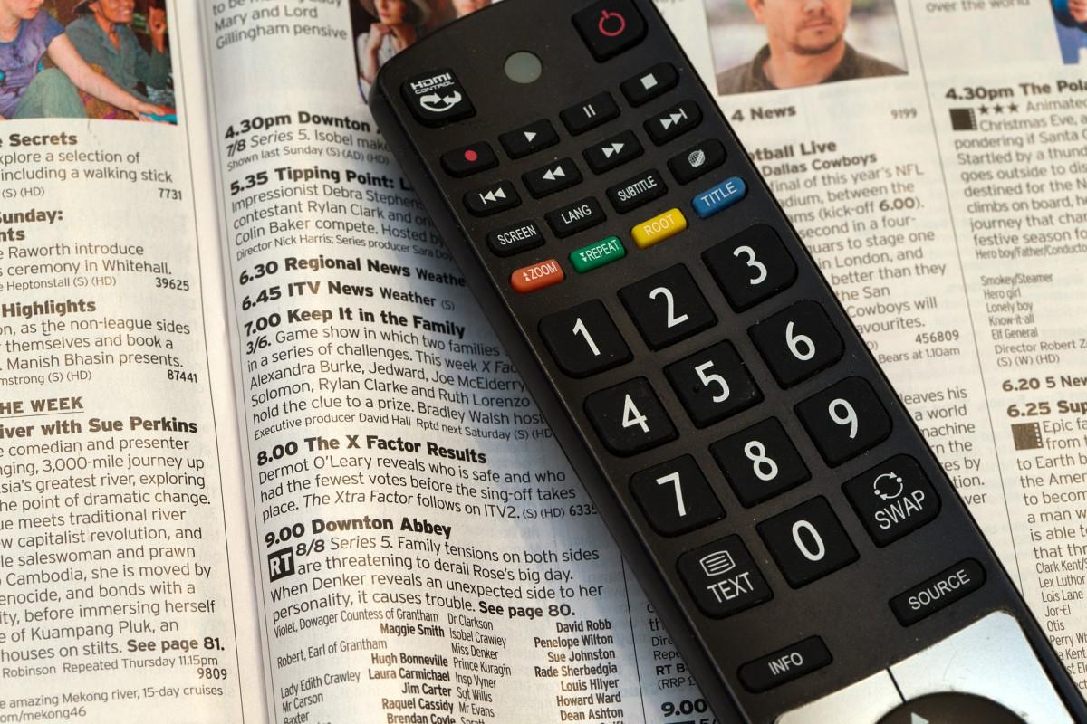Sådan finder du de bedste og billigste TV pakker